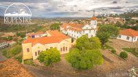 Teatro Santa Izabel e Igreja do Rosário.